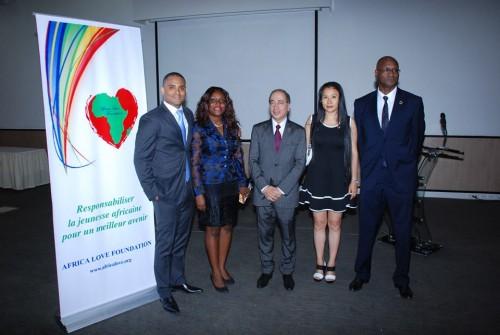 Les membres du conseil d'administration de Africa Love Fondation
